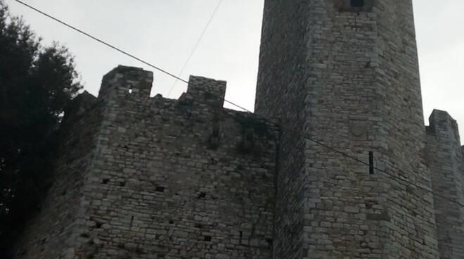 la torre di Nozzano Castello
