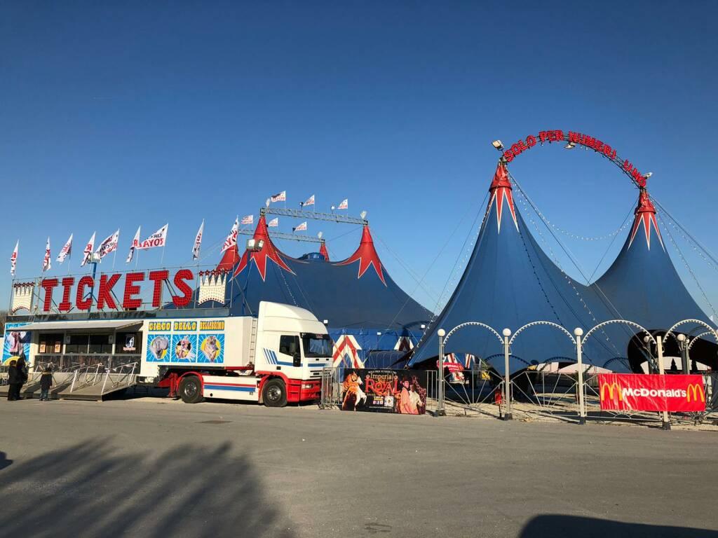 Presidio di protesta contro il circo con gli animali
