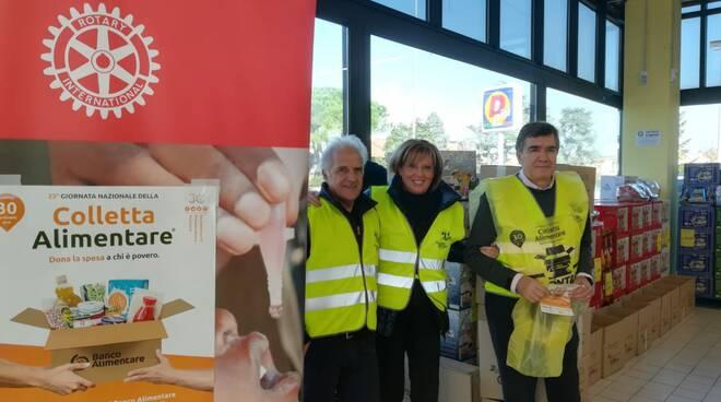 Raccolta alimentare Rotary Club Castelfranco