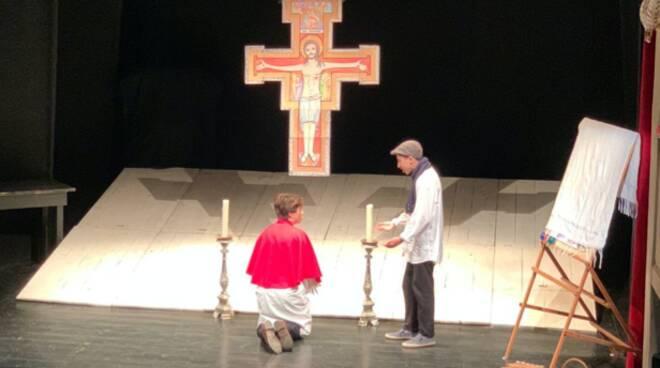 Tosca scuola Custer De' Nobili teatro Rassicurati Montecarlo