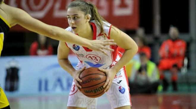 Un'azione del Basket Le Mura