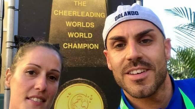 Atleti Sb cheer che parteciperanno ai mondiali a Orlando in America