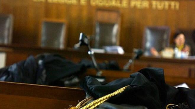 Sospeso dalla professione per 1 anno l\'ex presidente dell\'ordine degli avvocati