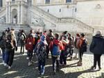 ilaria duranti e gabriele toti in gita in campidoglio e montecitorio a roma con i ragazzi della scuola