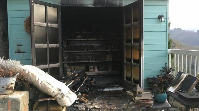 incendio Libreria Sotto La Penna Lucignana Coreglia