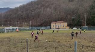 pallone calcio Terza Categoria Lucca Versilia