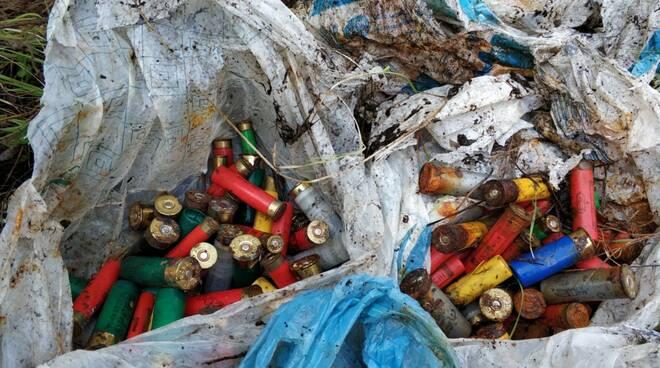 rifiuti via dei Sandroni Altopascio pulizia