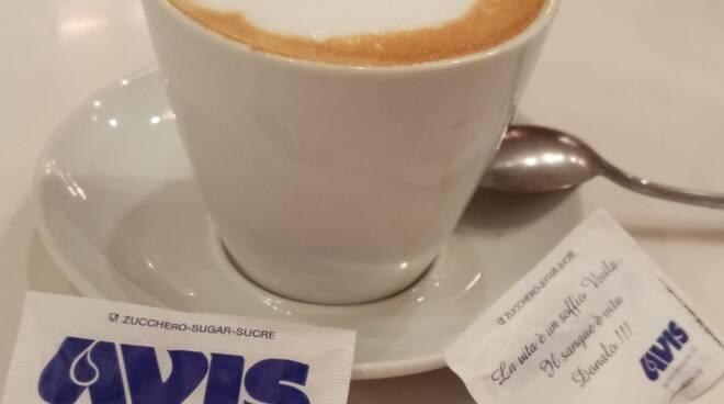 tazzina caffè zucchero avis montopoli valdarno