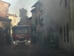 Vigili del fuoco incendio in abitazione a Lucca