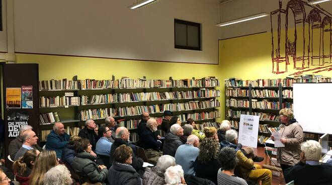 assemblea contro i quartieri social a San Concordio