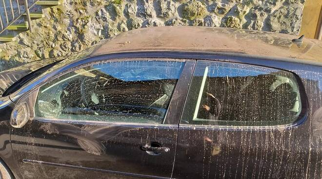 auto vandalizzata a chifenti