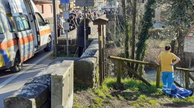 caduta ponte Giannasi fiume Turrite Castelnuovo