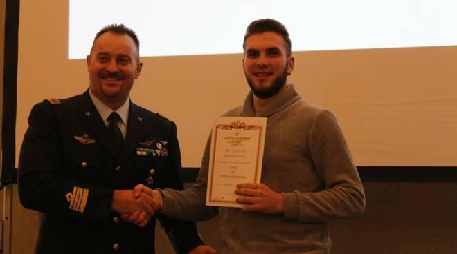 Premiati al Real Collegio il vincitori del  corso di cultura aeronautica
