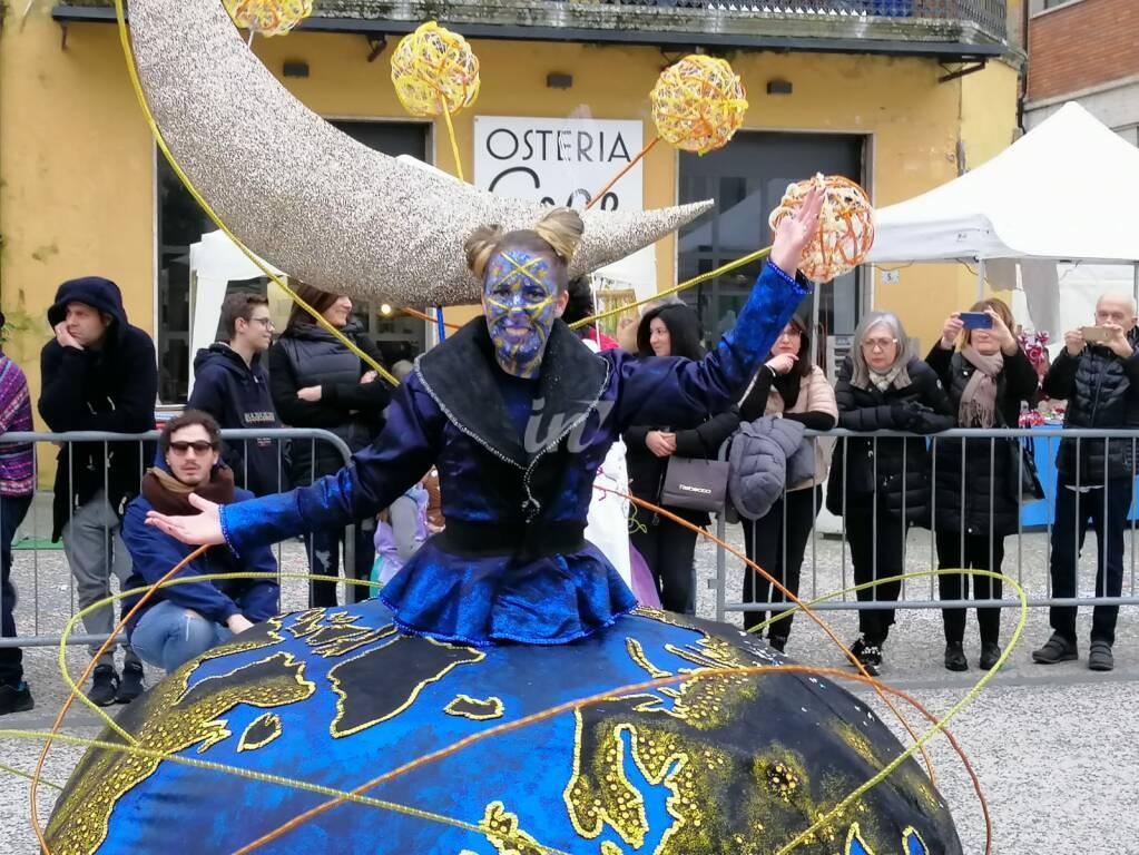 Carnevale Santacrocese, prima uscita 2020 del gruppo La Lupa