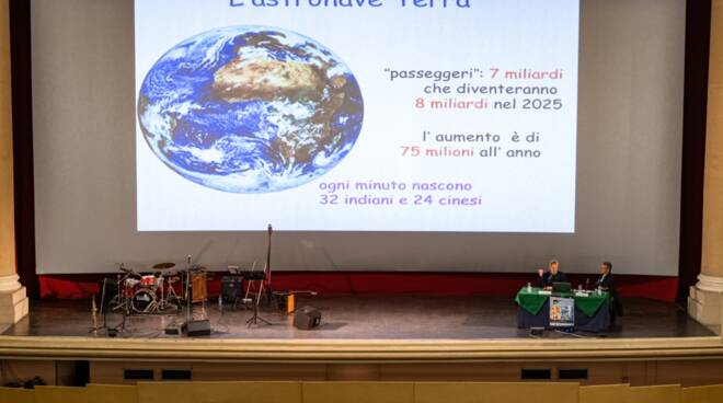Croce Verde jazz e scienza Cinema Moderno di Lucca