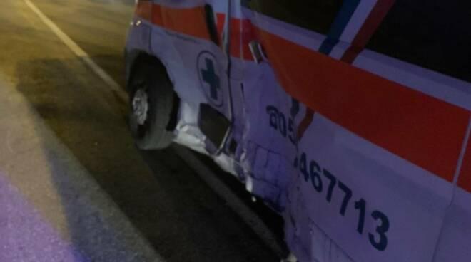 incidente ambulanza via civitali