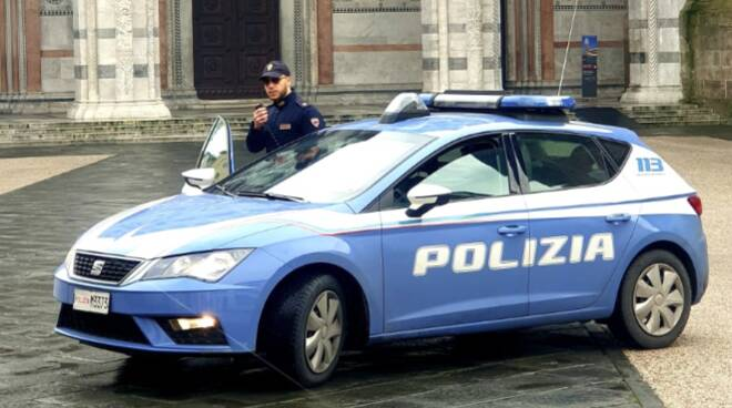 polizia controlli Lucca