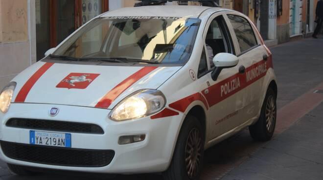 polizia municipale Pietrasanta