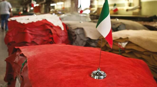 Presentazione nuova linea di pellami Leather40075 di Iniziative Conciarie Associate di Castelfranco di Sotto