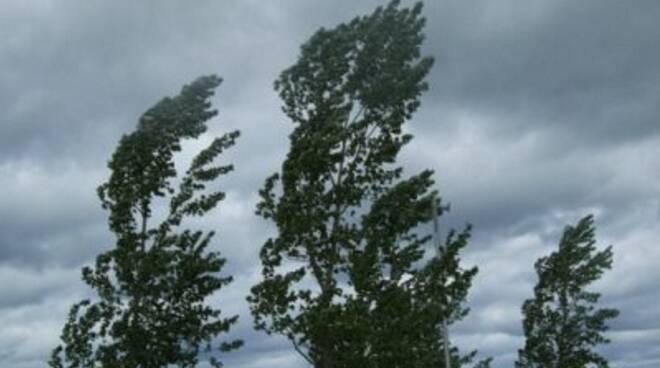 raffiche di vento