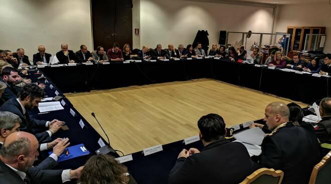 riunione prefettura Firenze coronavirus sindaci presidenti Provincia 25 febbraio 2020