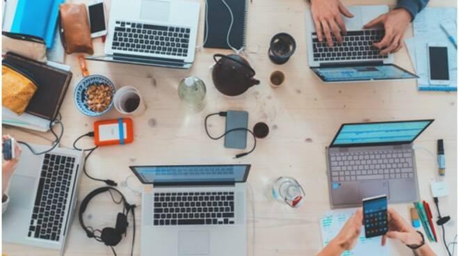 smartworking lavoro digitale computer