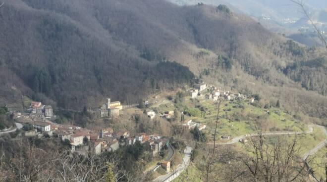 veduta Pescaglia dall'alto Mediavalle