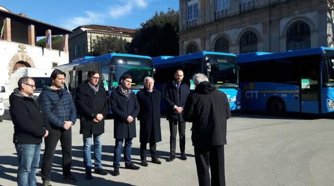 Venti nuovi autobus per la provincia di Lucca