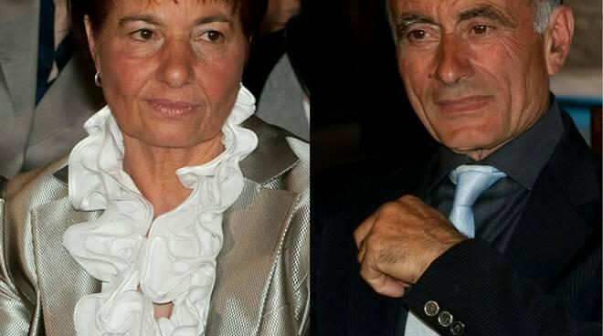 50 anni di matrimonio generoso e flora