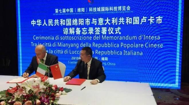 amicizia Cina Lucca donazione mascherine