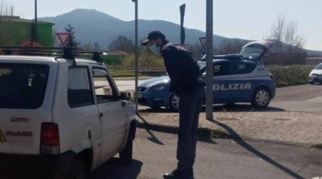 controlli decreto coronavirus polizia Lucca