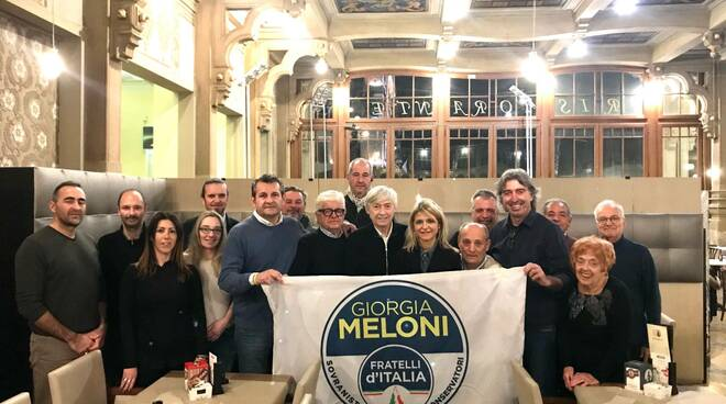 Fratelli d'Italia Viareggio riunione