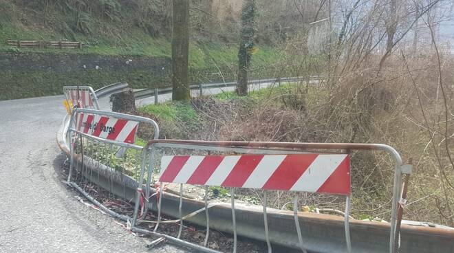 guardrail pericoloso Mologno Barga strada comunale