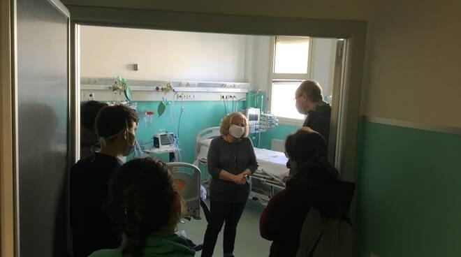 letti terapia intensiva padiglione O campo di Marte coronavirus