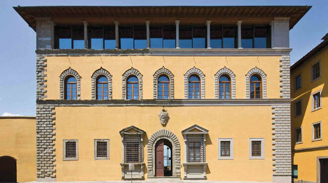 palazzo grifoni sede della fondazione cassa di risparmio di san miniato