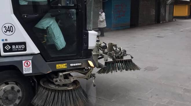 Sanificazione stradale a Viareggio