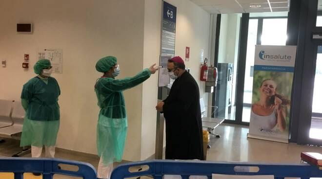 vescovo Paolo Giulietti benedizione ospedale San Luca Cittadella della Salute