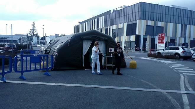 virus tenda ospedale San Luca pre triage