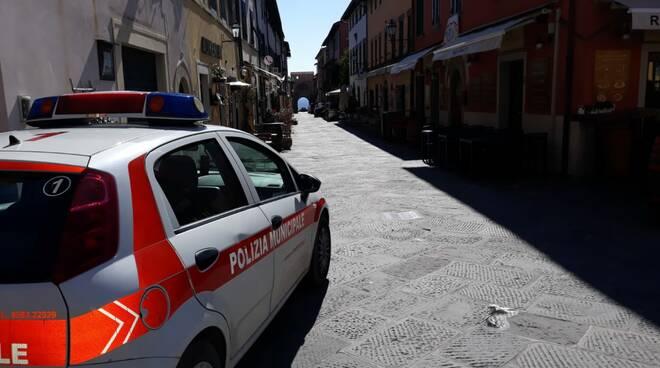 controlli polizia municipale a Montecarlo