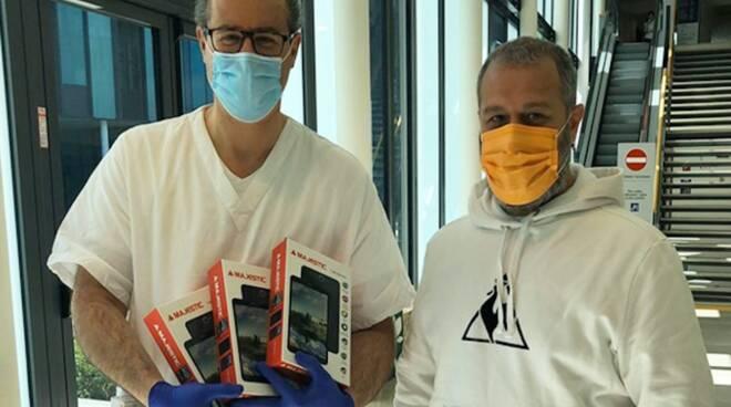 donazione tablet San Luca Andare Oltre si può