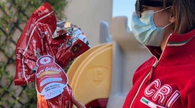 donazioni uova Croce Rossa Italiana Lucca