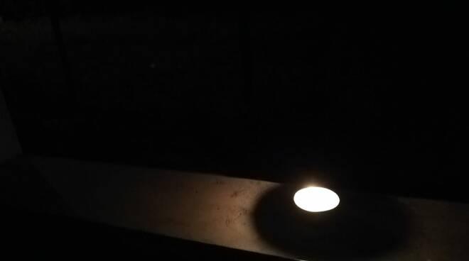 luce candela lumini