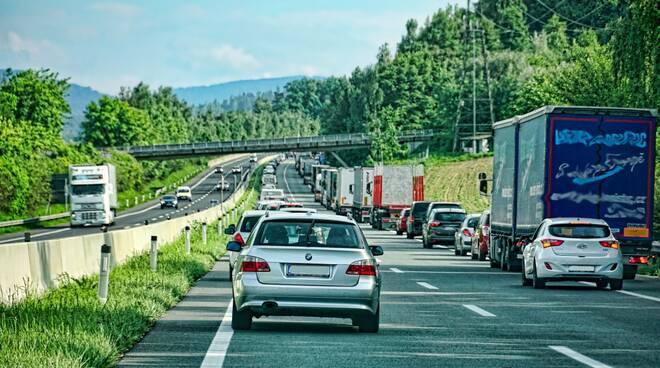 mobilità traffico automobile