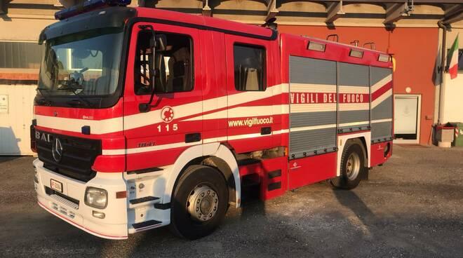 nuova autopompa ai vigili del fuoco di san miniato