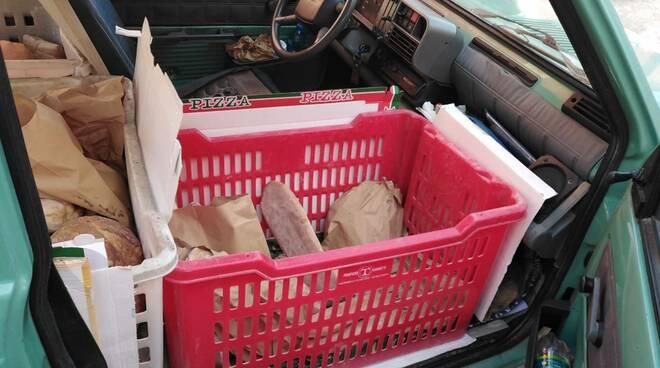 pane sequestrato dalla municipale