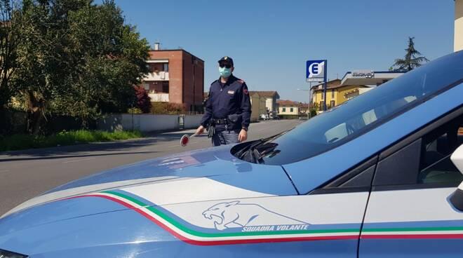 polizia controlli coronavirus Lucca