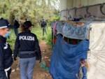 sgombero Viareggio polizia polizia municipale 23 aprile 2020