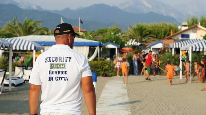 Steward di spiaggia Corpo guardia di città