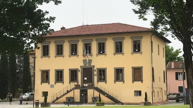Comune di Porcari sede piazza Felice Orsi