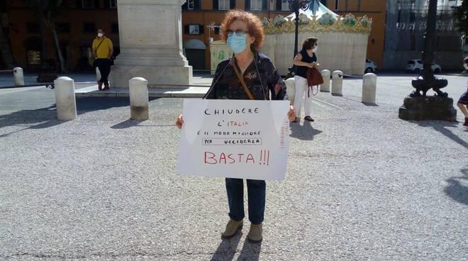 Manifestazione di Liberiamo l'Italia a Lucca
